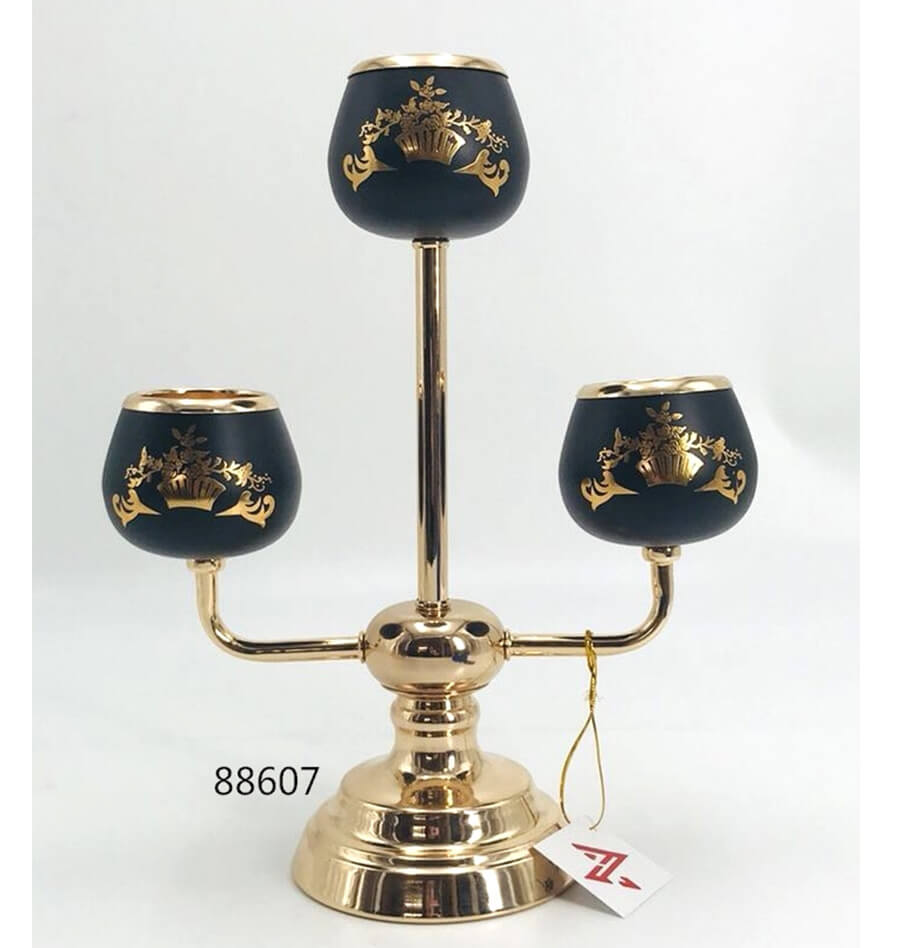 black and gold metal candle holder 88607