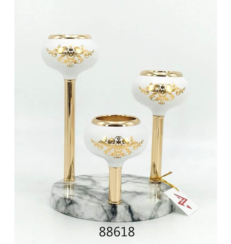 white and gold metal candle holder 88618