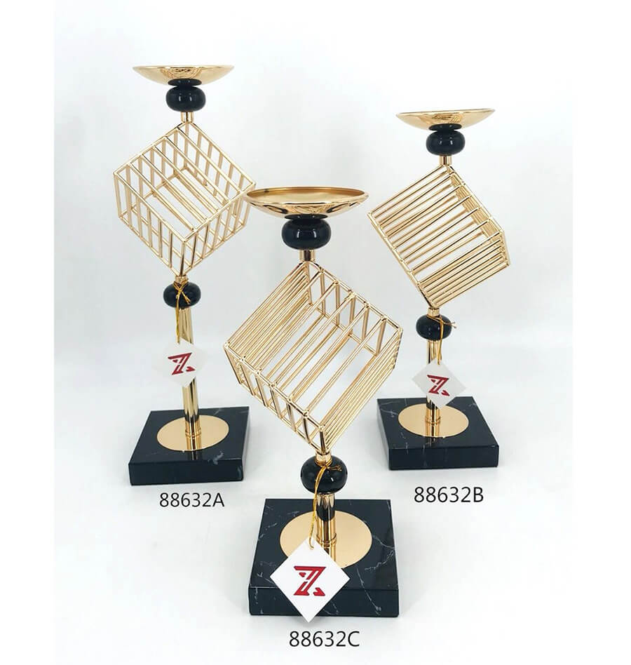 gold metal candle holder 88632