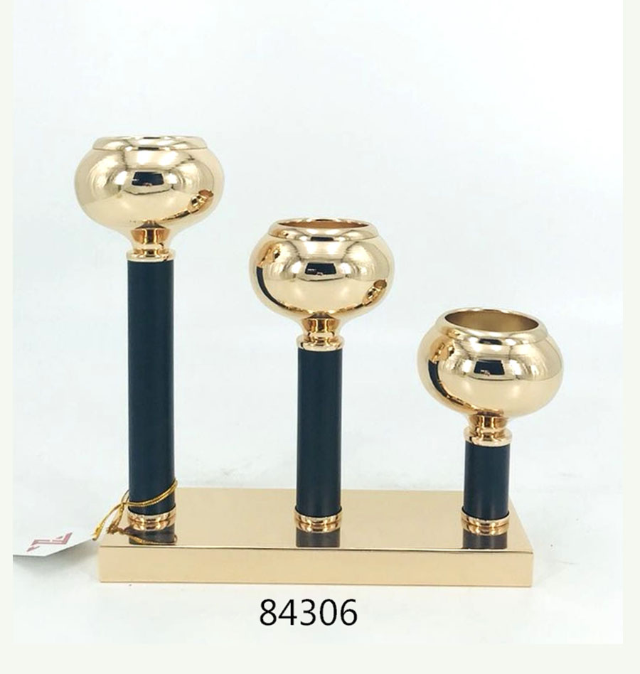 Iron Candle Holder Gold and Black Color 84306