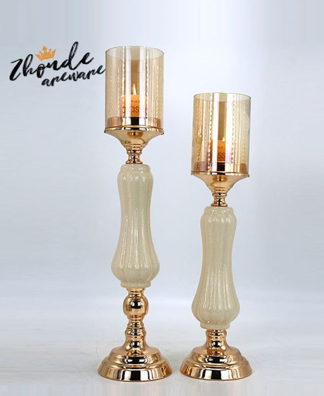 WHITE CERAMIC AND METAL CANDLESTICK MADE IN CHINA 90508